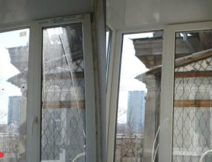 moyka-balkonnih-okon-do-posle-2